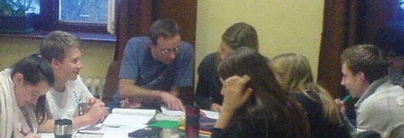 Hödl beim Lernen in der Gruppe